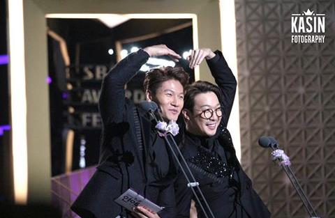 sbs entertainment award 2015 kim jong kook dating